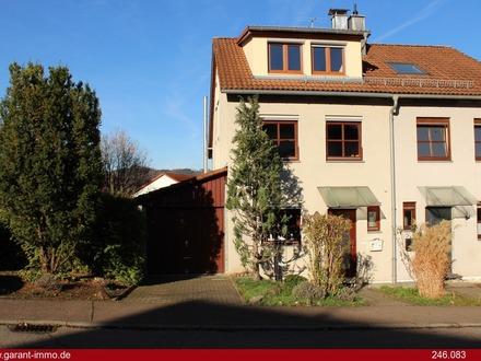 Interessante Doppelhaushälfte in ruhiger Lage von Donzdorf