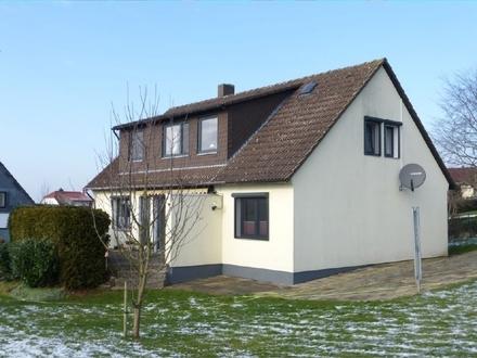 Ein Traum für Familien! - Zeitgemäß modernisiertes Haus mit großem Garten