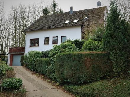 Vlotho – auf dem Amtshausberg – nahe der Burg Vlotho - Zweifamilienhaus in exponierter Lage!!