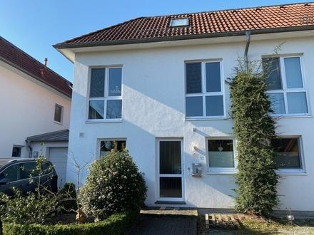 Moderne Doppelhaushälfte in guter Lage von Lilienthal
