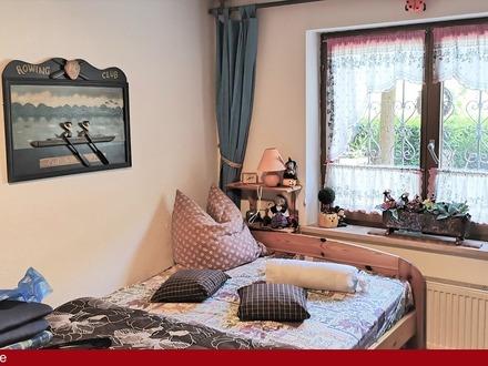 Ca. 225 qm Doppelhaushälfte mit Einliegerwohnung