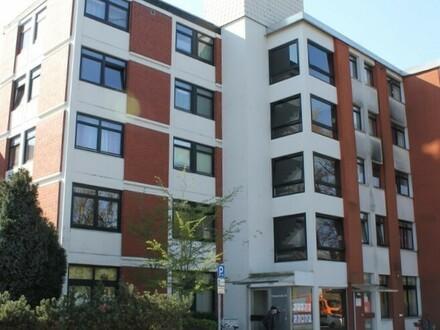 5826- 2-Zimmer-Obergeschosswohnung mit EBK in Oldenburg/Nadorst!