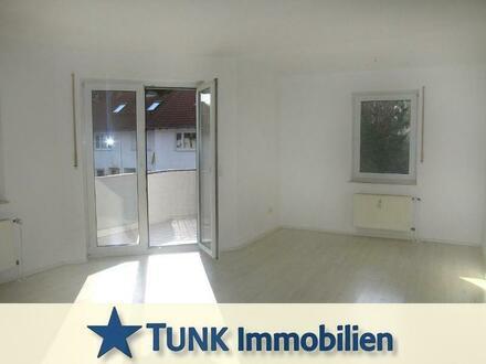Lichtdurchflutete 3 Zimmer-Wohnung mit Süd-Balkon in Großkrotzenburg!