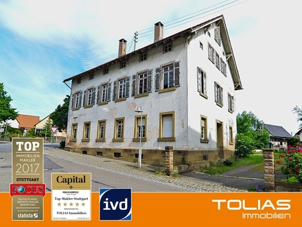 4 Wohnungen + Gewerbe + 6 PKW-Stellplätze mit 100.000 Euro Förderung + Denkmalschutz AfA