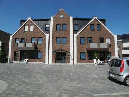 Wohnen mit Flair: Zentrumsnahe 3-Raumwohnung mit Dachterrasse