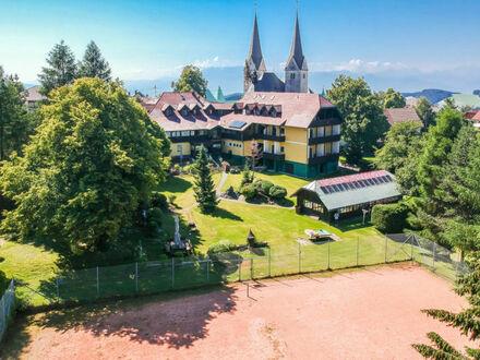 Sonnenparadies Diex: Traditions-Landgasthof mit 18 Appartements