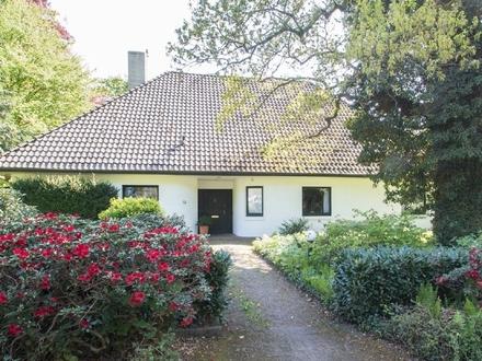 Klassisches Einfamilienhaus an einem Privatweg in bester Lage Oberneulands