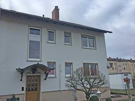 2-FH mit ausgebautem Dachgeschoss in Wörth