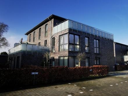 1073-Traumhafte Etagenwohnung in Citylage mit riesiger Dachterrasse!!