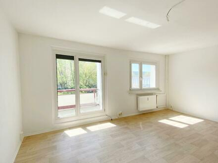 Liebevoll renovierte 3 Zimmer Wohnung mit Balkon