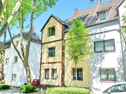 EG freigezogen, OG u DG vermietet: 3-Fam.-Haus mit 2 Garagen in Herne-Horsthausen