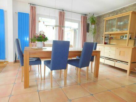 TOP LAGE*Schorndorf-Süd*Sonniges und gepflegtes Einfamilienhaus mit Einliegerwohnung*