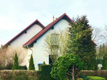 Einfamilienhaus mit Carport in Klein Berkel - Zwangsversteigerung
