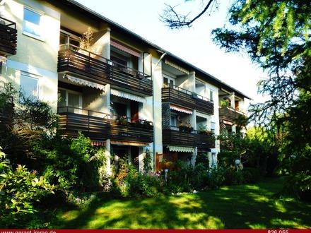 Drei Zimmer Nähe Michaelibad mit Balkon und Einbauküche