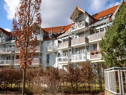 Komplett möbliertes 32 qm Apartment mit Sonnen- Balkon zur parkähnlichen Grünanlage am Wöhrder See