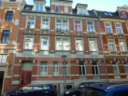 Großzügige 4-Raum-Wohnung mit Balkon
