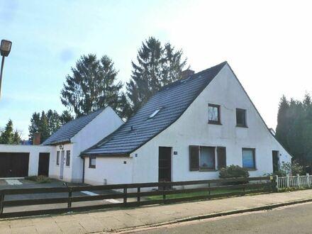Doppelhaushälfte mit großem Grundstück für Handwerker in beliebter Wohnlage von Kattenturm