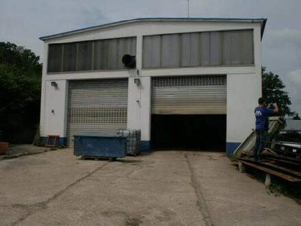 Gewerbefläche mit Werkstatthalle und Büro-Ideal für Tiefbau-Receycling!