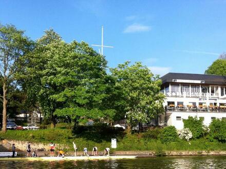 Gehobene Lage - Gastronomie im Wassersportverein Mülheim