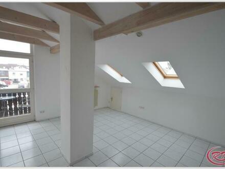Schicke 3-Zimmer-Dachgeschosswohnung in Oberdorfen
