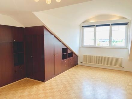 NEU: Helle Dachgeschosswohnung in Itzling inkl. Tiefgaragenstellplatz zu vermieten!