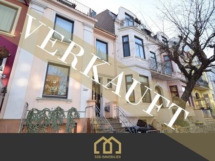 Verkauft: PETERSWERDER / Großes Altbremer 2-Familienhaus mit Garage, Garten + Ausbaureserve