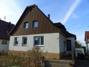 Charmantes Haus auf riesen Grundstück