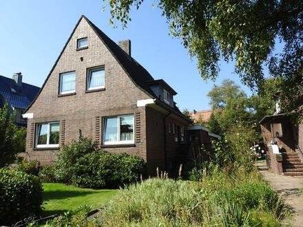 Viel Platz: Sehr gepflegtes Wohnhaus in Heppens