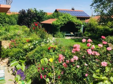 Feichten an der Alz: Dachgeschoss-Wohnung mit herrlichem Panoramablick!