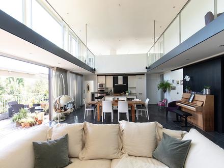 Wahre Größe mit Aussichten! Elegantes Galerie-Penthouse in Top-Lage