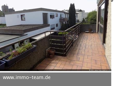 ++Haus im Haus++Großzügige 4,5 Zi.-Wohnung+Sonnenbalkon++Garage+
