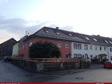 Fast 200 qm Wohnfläche mit Dachterrasse für EUR 215.000,--!