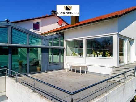Großes Einfamilienhaus mit ELW in herrlicher Aussichtslage - Schwimmbad - Sauna - Doppelgarage