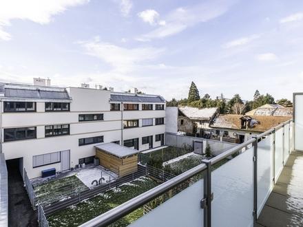 Exklusive und helle Dachgeschoßwohnung (belagsfertig) in idyllischer Anlage