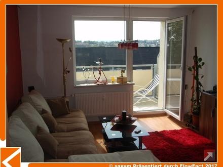 schicke Wohnung mit Tageslichtbad, Südbalkon + Fernsicht sucht neue Mieter!