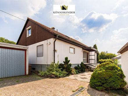 Einfamilienhaus in unverbaubarer Lage, Balkon, Terrassen, große Garage