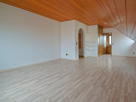 Sehr schön geschnittene 3-Zimmer-Dachgeschosswohnung in Trebur-Astheim