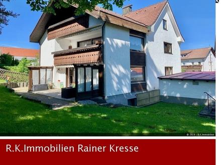 Zweifamilienhaus mit je einer autarken Wohneinheit zu verkaufen