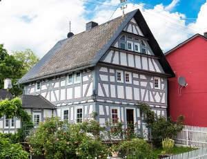 Hochkarätig und ökologisch sanierter Wohntraum mit Wintergarten