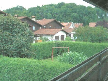 Schöne sonnige 2 1/2 Zimmer DG Wohnung in Tüssling