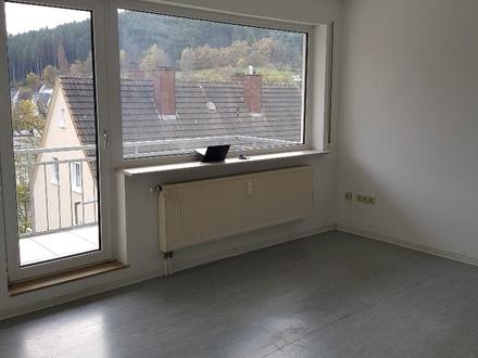 Attraktive 2 ZKB Wohnung mit Balkon