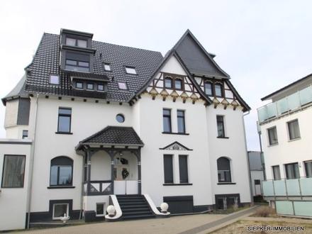 Exklusive Eigentumswohnung in Braunschweig in alter Gutshausvilla mit Dachterrasse und Garage