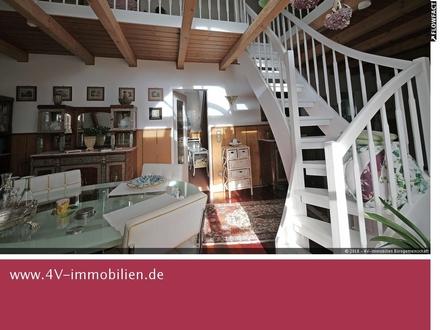 2,5-Zimmer-DG-Wohnung mit Galerie und großer Dachterrasse zentral in Mering