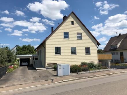 4 ZKB ca. 103 m² 10/18 525,- zzgl. Ruhige Mieter für sonnige Wohnung in...