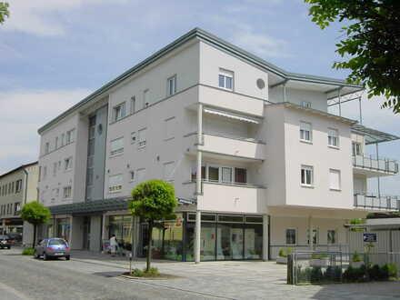 Sehr schöne - 3-Zimmer Dachterrassen-Wohnung - zentrale Lage