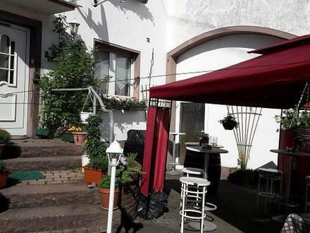 Nähe Rennerod a. d. B 54 gemütliche Gaststätte inkl Einr. u. Wohnhaus