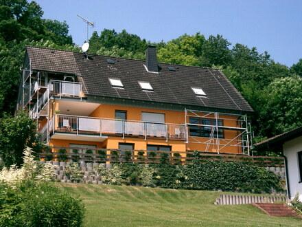 Zwangsversteigerung Wohnhaus mit 450 m² Wohn und und Nutzfläche Oberfranken, Bad Staffelstein OT Wiesen.