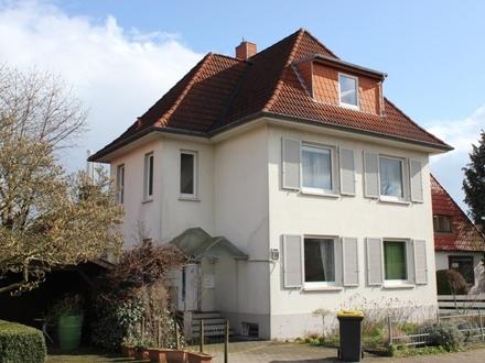 5792 - Gut geschnittene 2-Zimmer-Dachgeschosswohnung in Donnerschwee zum 01.06.2020