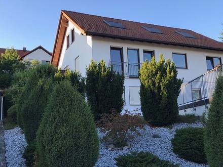 Schickes Einfamilienhaus mit zwei Garagen in bevorzugter Lage in Crailsheim-TO