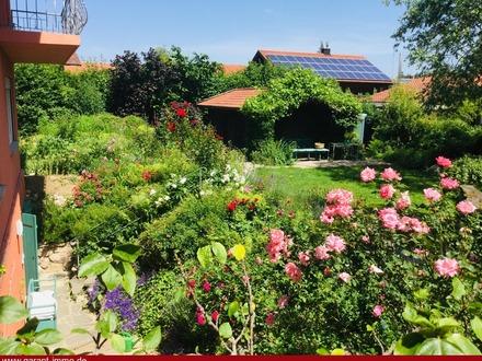 Barrierefreie Erdgeschosswohnung mit Terrasse und Garten